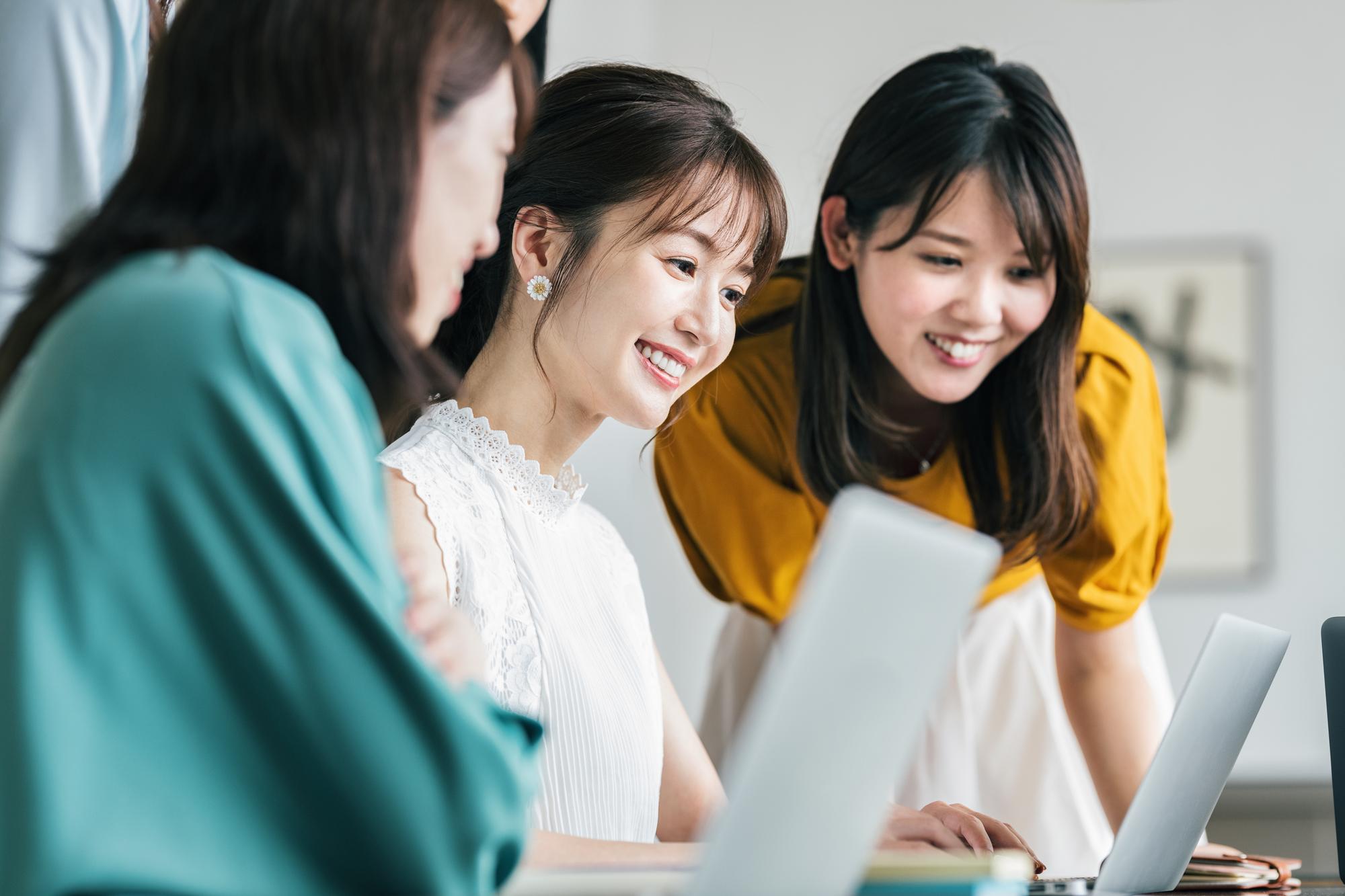 今、中小企業にも女性活躍推進が求められている!進め方から助成金まで解説